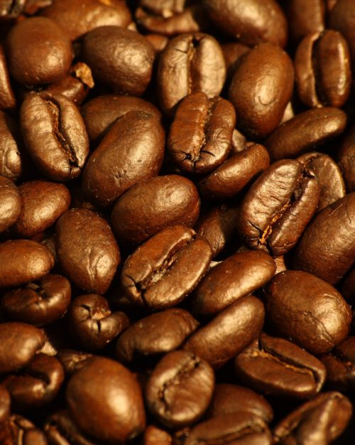 Dark_roasted_espresso_blend_coffee_beans_2-1